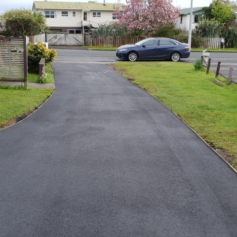 Timber Edging Asphalt